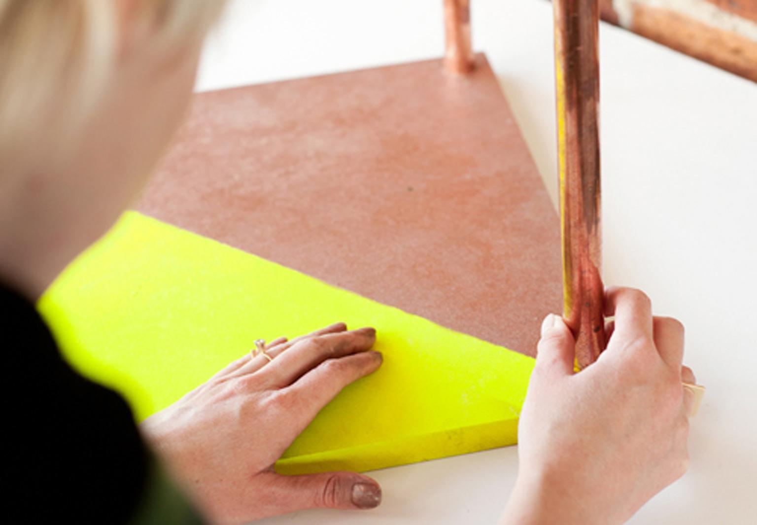 confectionner sa propre table basse en bois. Black Bedroom Furniture Sets. Home Design Ideas